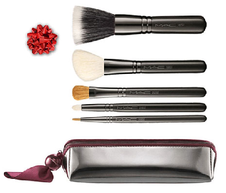 MAC-Do-the-Trick-Buff-and-Line-Brushes-and-Bag
