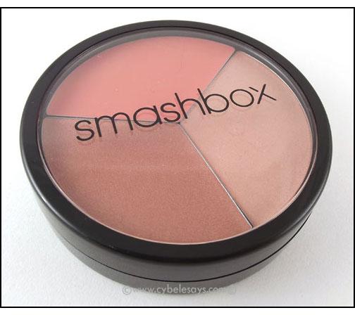 Smashbox-blush-trio-closed-case