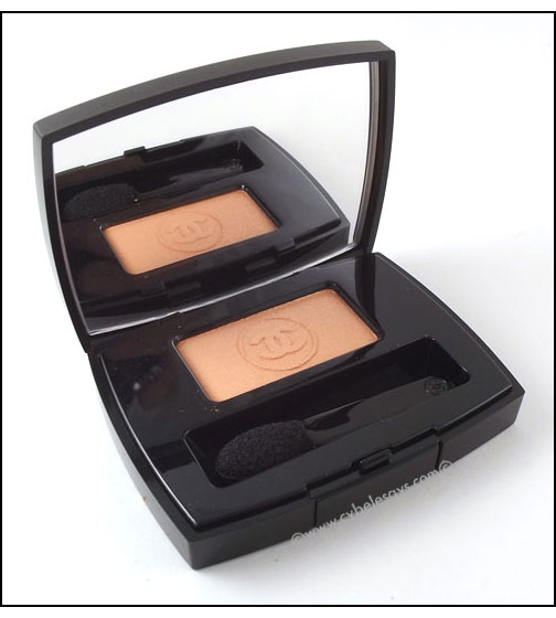 Chanel-Soft-Touch-Eyeshadow-in-Tiger-Lily
