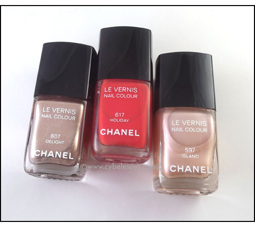 Chanel-Nail-Colour-in-Island-Delight-and-Holiday