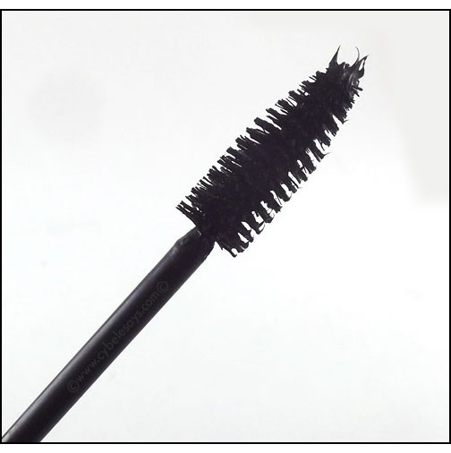 Pixi-Beauty-Large-Lash-Mascara-wand