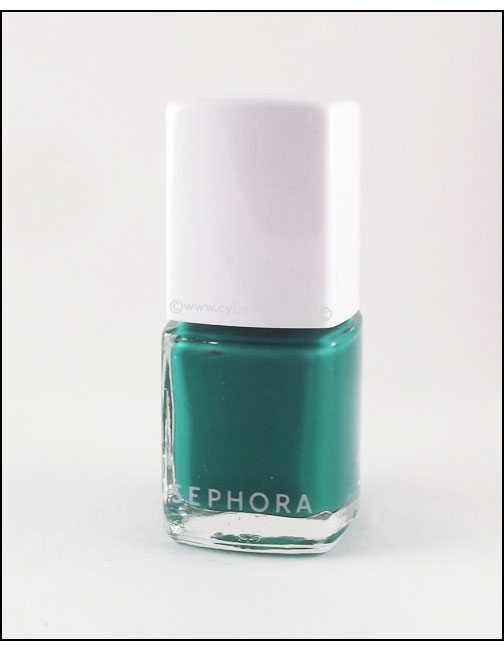 Sephora+Pantone-Color-Charged-Graphic-Lacquer-in-Emerald-bottle