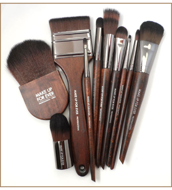 Make-Up-For-Ever-Artisan-Brush-Collection