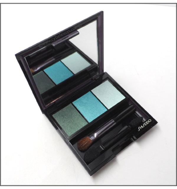 Shiseido-Luminizing-Satin-Eye-Color-Trio-in-GR-412-shot-2