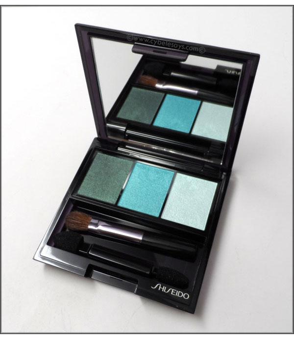 Shiseido-Luminizing-Satin-Eye-Color-Trio-in-GR-412