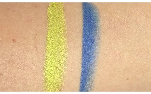 Make-Up-For-Ever-Aqua-Matic-Waterproof-Glide-On-Eye-Shadow-in-I-30-and-I-22-swatches