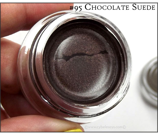 Maybelline-Eye-Studio-Color-Tattoo-24HR-Cream-Gel-Shadow-Leathers-Creamy-Beige-up-close