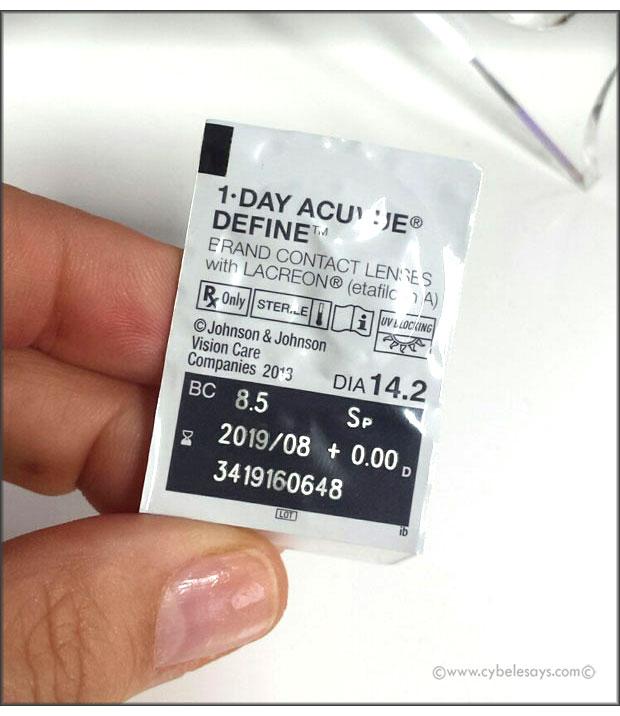 Acuvue-Define-in-package