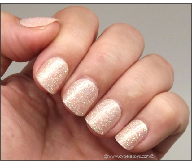 Kiss-imPRESS-Press-On-Manicure-in-Shimmer