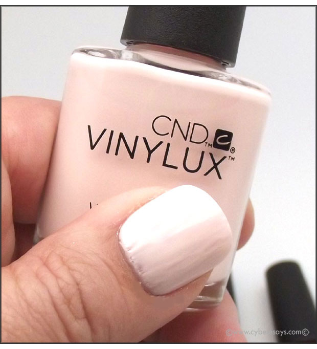 CND-Vinylux-Weekly-Polish-Fall-Polish-2015-Contradiction-Collection-in-Naked-Naivete-up-close