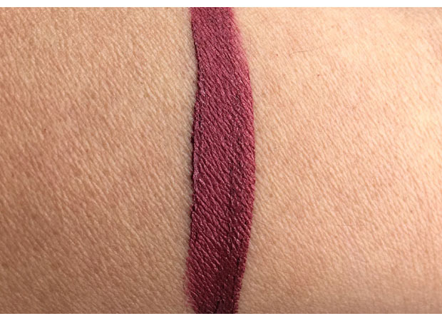 Cailyn-Star-Wave-Mattalic-Tint-in-Cassiopeia-swatch