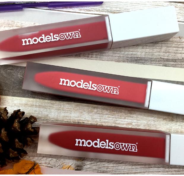 Models-Own-Lix-Matte-Liquid-Lipstick-more-close
