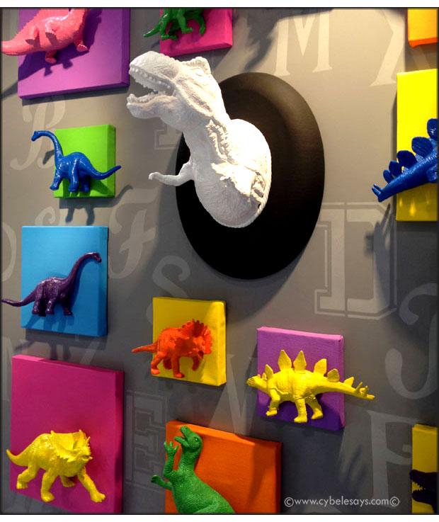 CHA-2015-Plaid-booth-dinosaurs-display