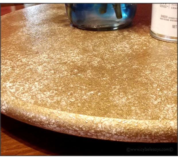 Krylon-Marbelizing-Spray-in-Gold-Chiffon-on-wood-lazy-susan-up-close-2