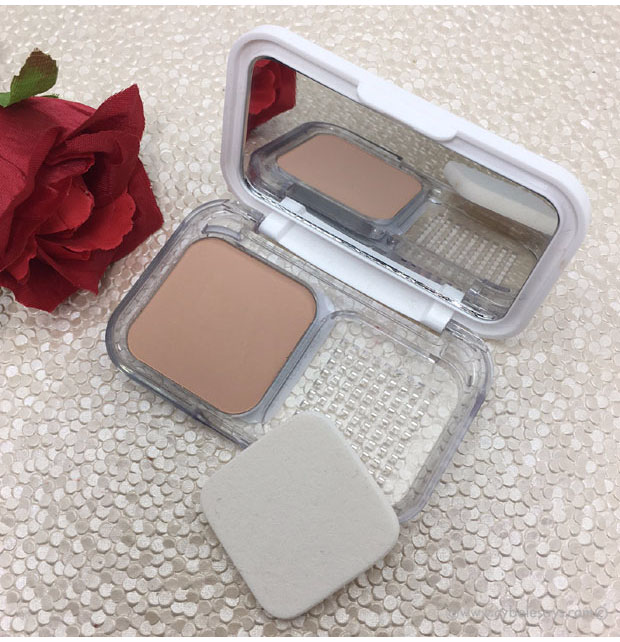 A full review of the Maybelline Powder Foundation. Is this game-changing powder worth it? Click here to find out.
