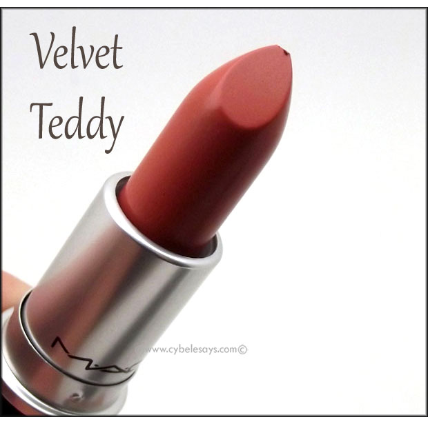 MAC-The-Matte-Lipstick-in-Velvet-Teddy-up-close