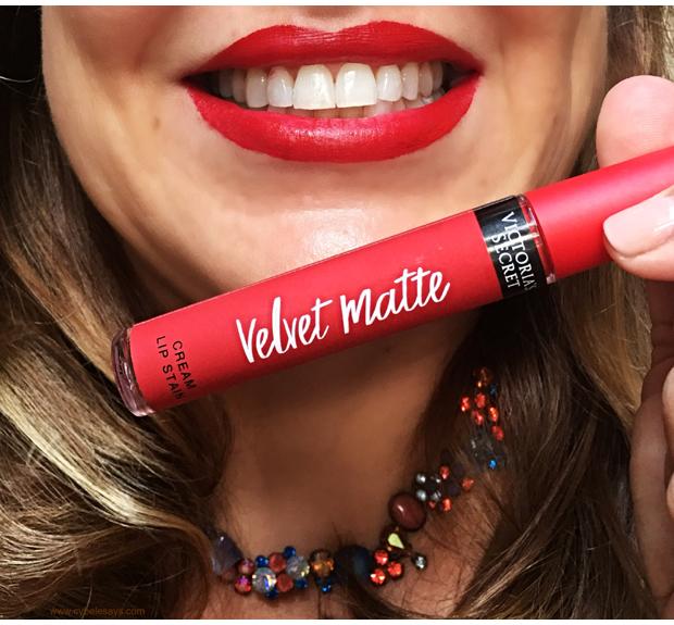 Victoria's-Secret-Velvet-Matte-in-Desire