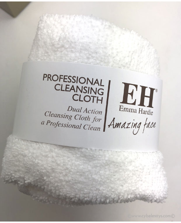 Emma-Hardie-Dual-Action-Cleansing-Cloth