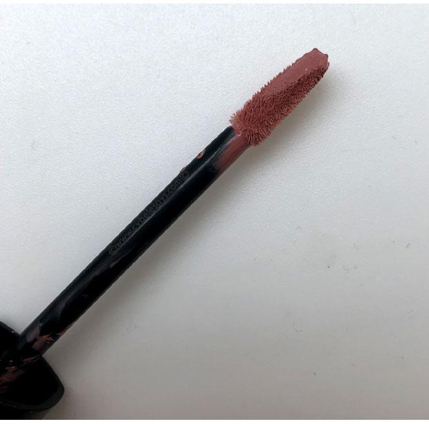 Rimmel-Stay-Satin-Liquid-Lip-Colour-wand