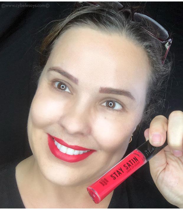 Wearing-Rimmel-Stay-Satin-Liquid-Lip-Colour-in-Scrunchie