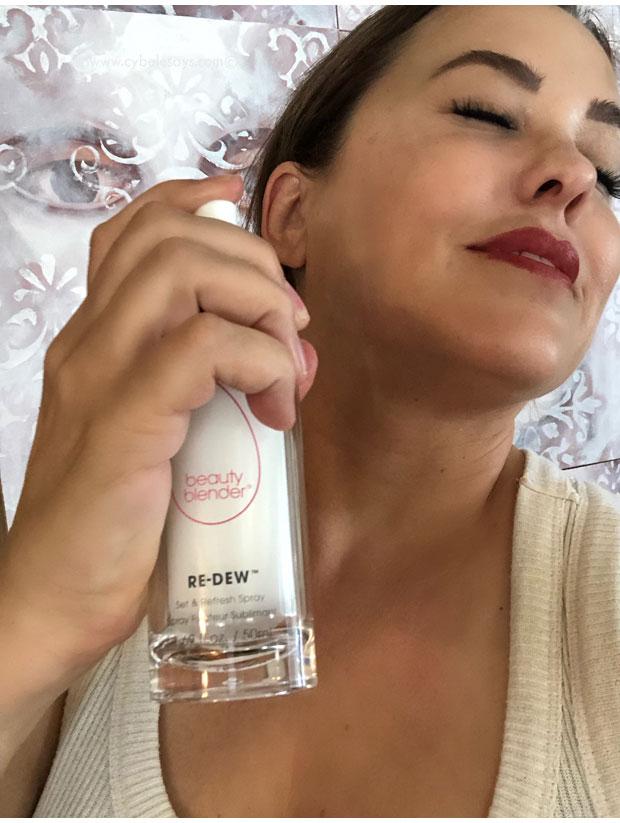Spraying-Beauty-Blender-RE-DEW-Set-&-Refresh-Spray