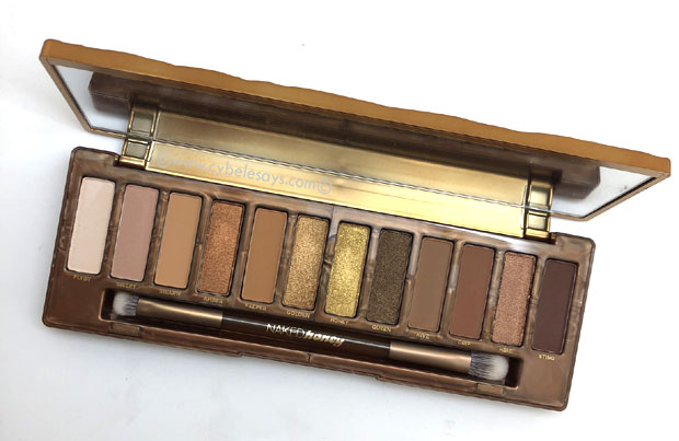 Inside-the-Urban-Decay-Naked-Honey-makeup-palette